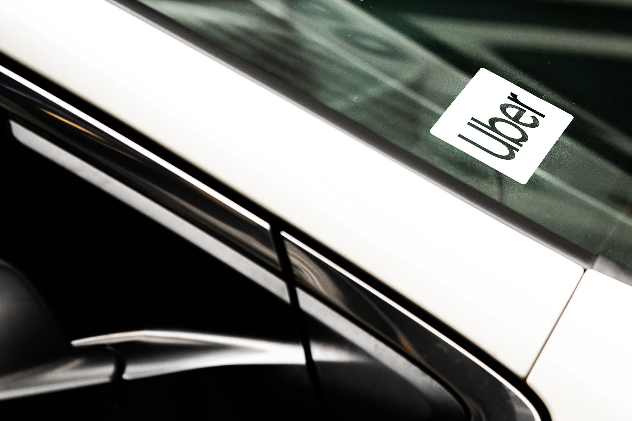 Uber Prices I.P.O. at $45 a Share, Valuing It at $82.4 Billion Thumbnail